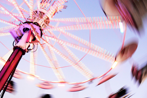 *spinning around* | by *heloise*