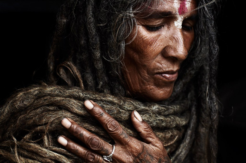 Jaw-Dropping-Facts-About-Aghoris