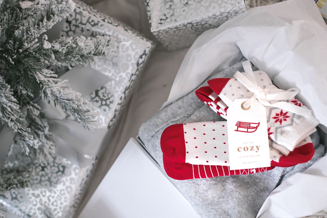 loft last minute gift ideas socks