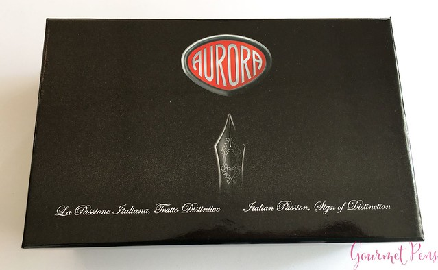 Review Aurora Optima Fountain Pen - Italic @AndersonPens @KenroPens 1