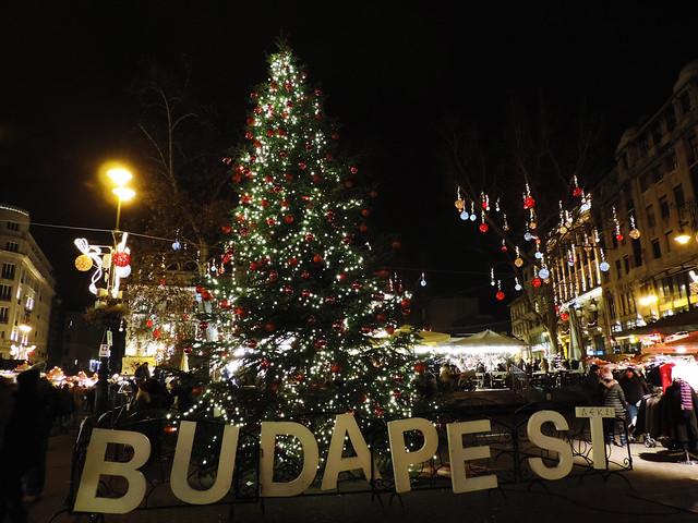 Merry Christmas: Vörösmarty Square, Budapest, Hungary