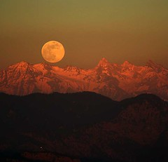 Himalayan Moonrise | by swamysk