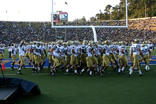 UCLA Bruins, Circling the Goalpost...why? | by sfophoto