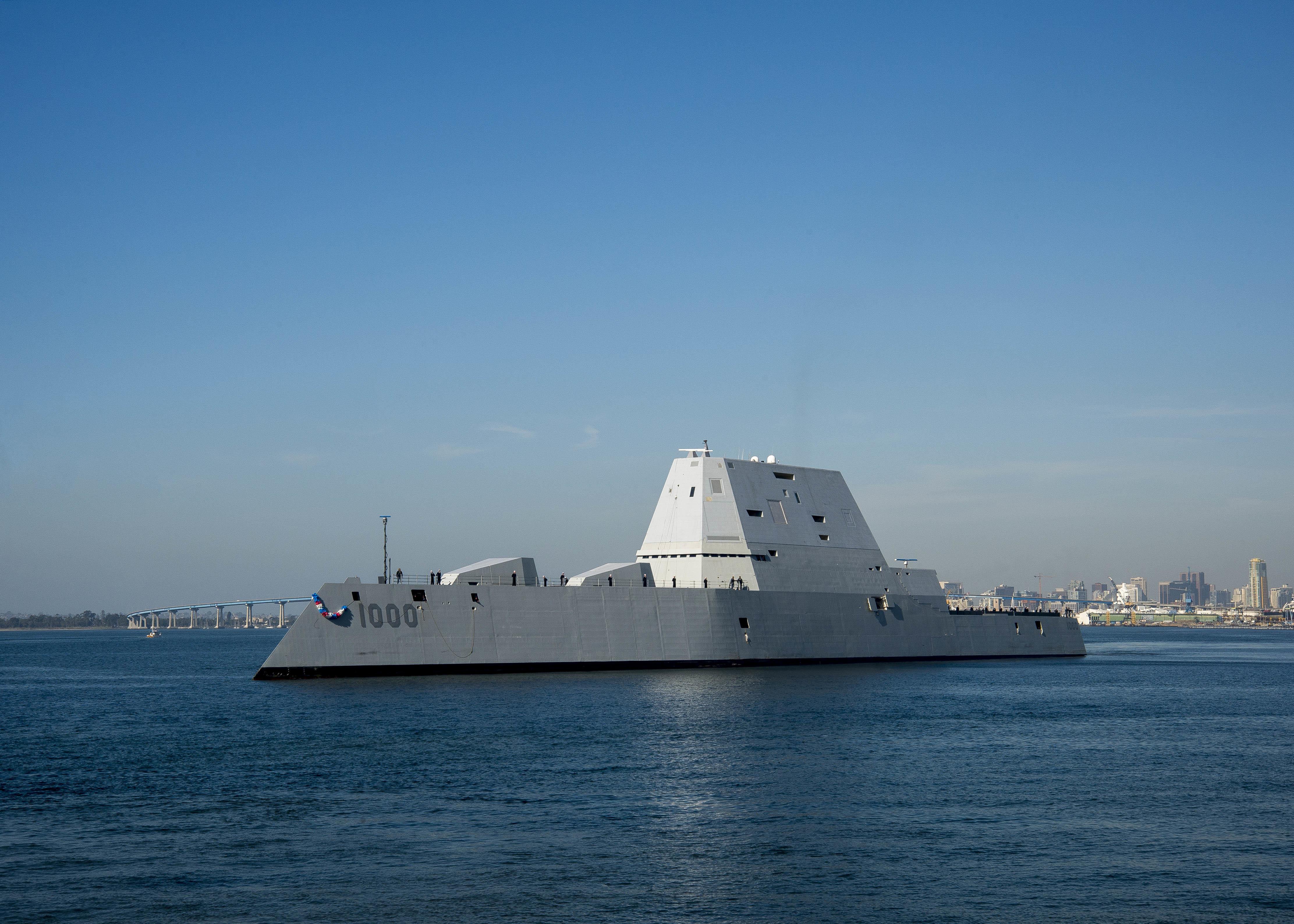 DDG-1000 Zumwalt le nouveau joujou de la marine américaine ! - Page 2 30698866794_63b4f4e2d5_o