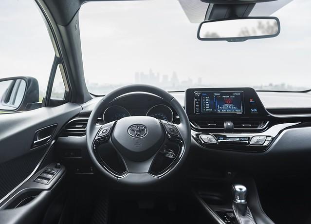 Toyota C-HR (US Version) 3