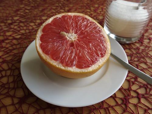 Grapefruit mit Zucker