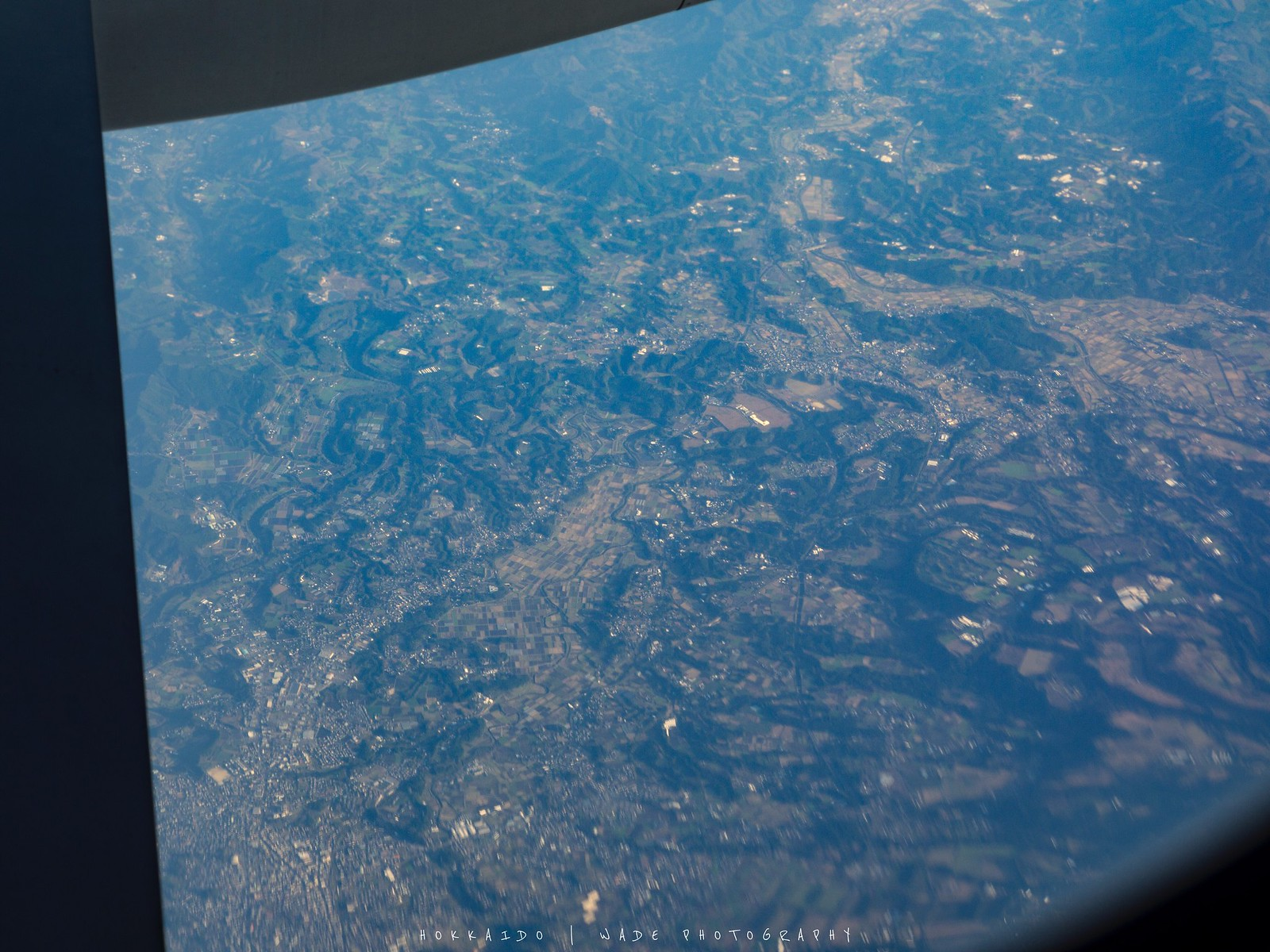 可以从飞机上看见日本的土地及