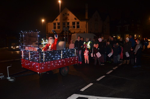 Swalwell Christmas lights switch on Dec 16 (11)
