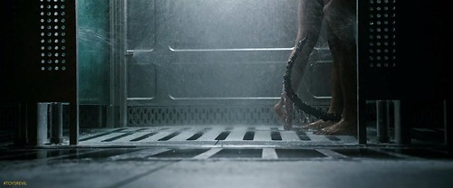 ALIEN COVENANT Xmas Red Band Trailer Screensnap 8