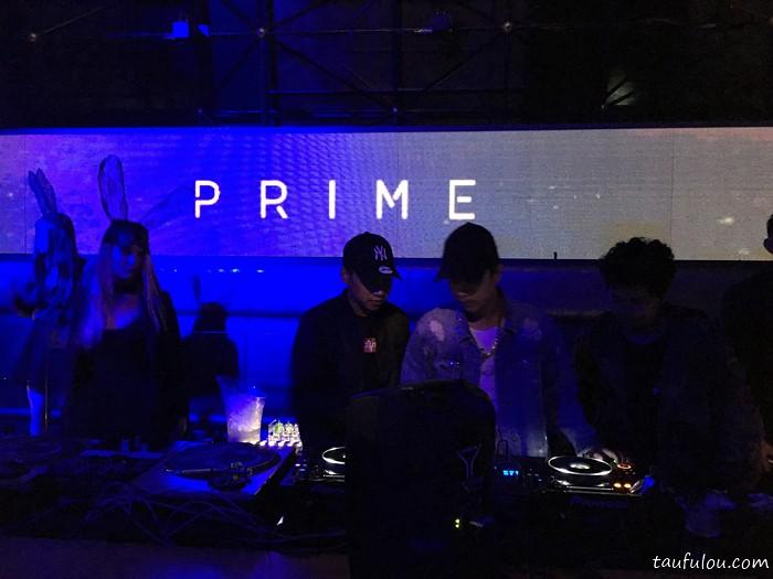 Prime (4)