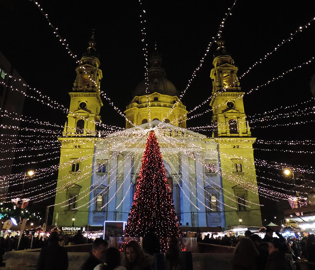 Merry Christmas: St Stephen's Square, Budapest, Hungary