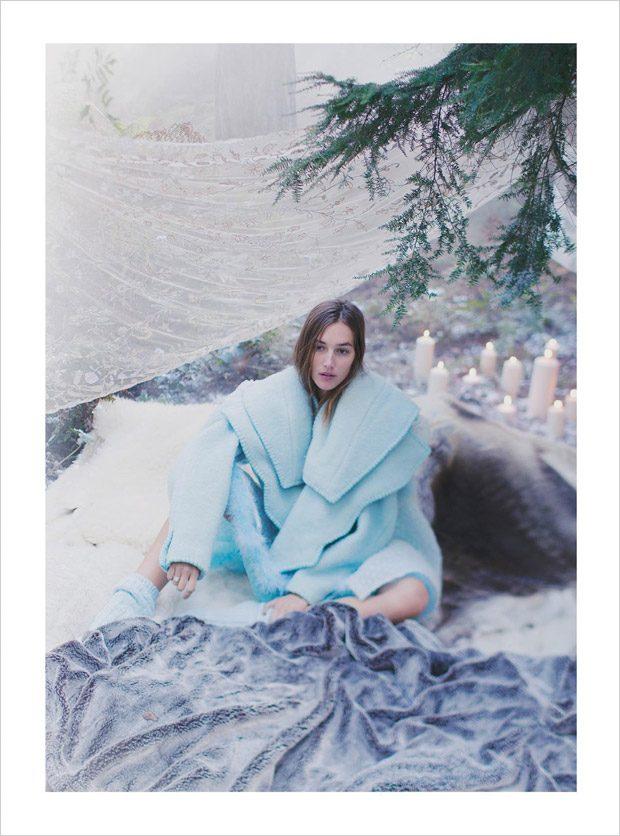 Josephine-Le-Tutour-Harpers-Bazaar-UK-Alexandra-Sophie-04-620x836
