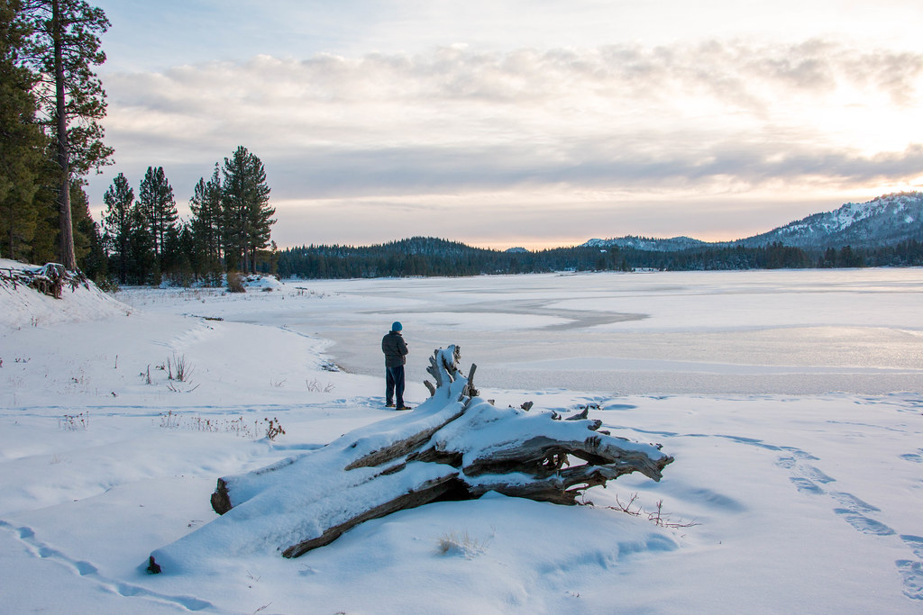 12.25. Plumas National Forest. Lake Davis before the sunset
