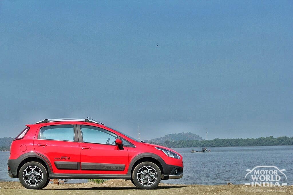 Fiat-Avventura-Urban-Cross-Side