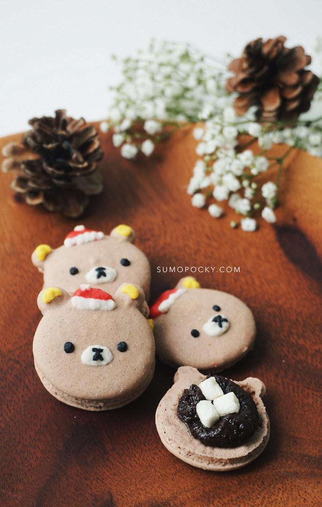 Rilakkuma Christmas Macarons