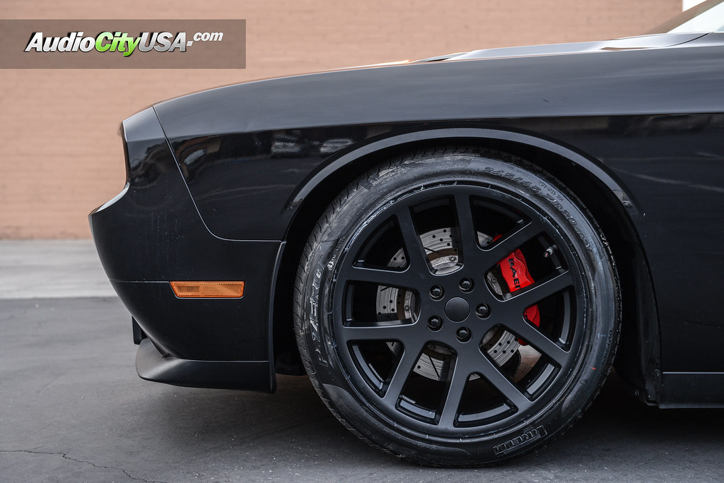 2011 dodge challenger rt 20 challenger srt 8 viper. Black Bedroom Furniture Sets. Home Design Ideas