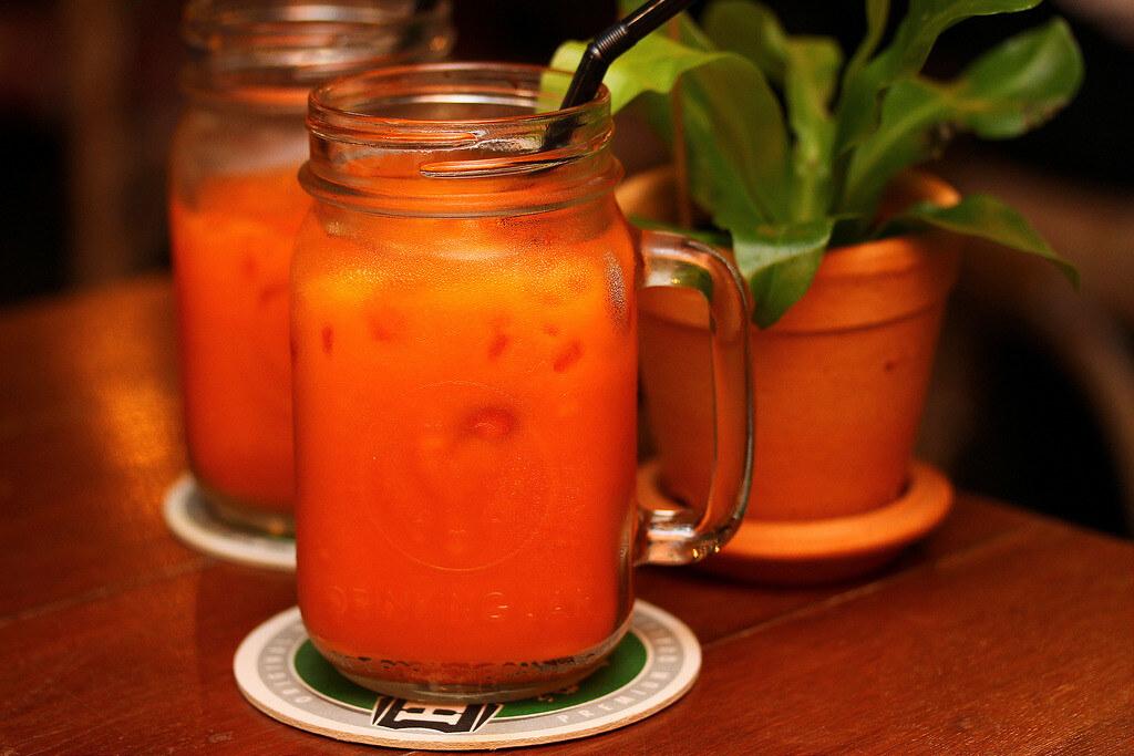 folks-collective-thai-ice-milk-tea