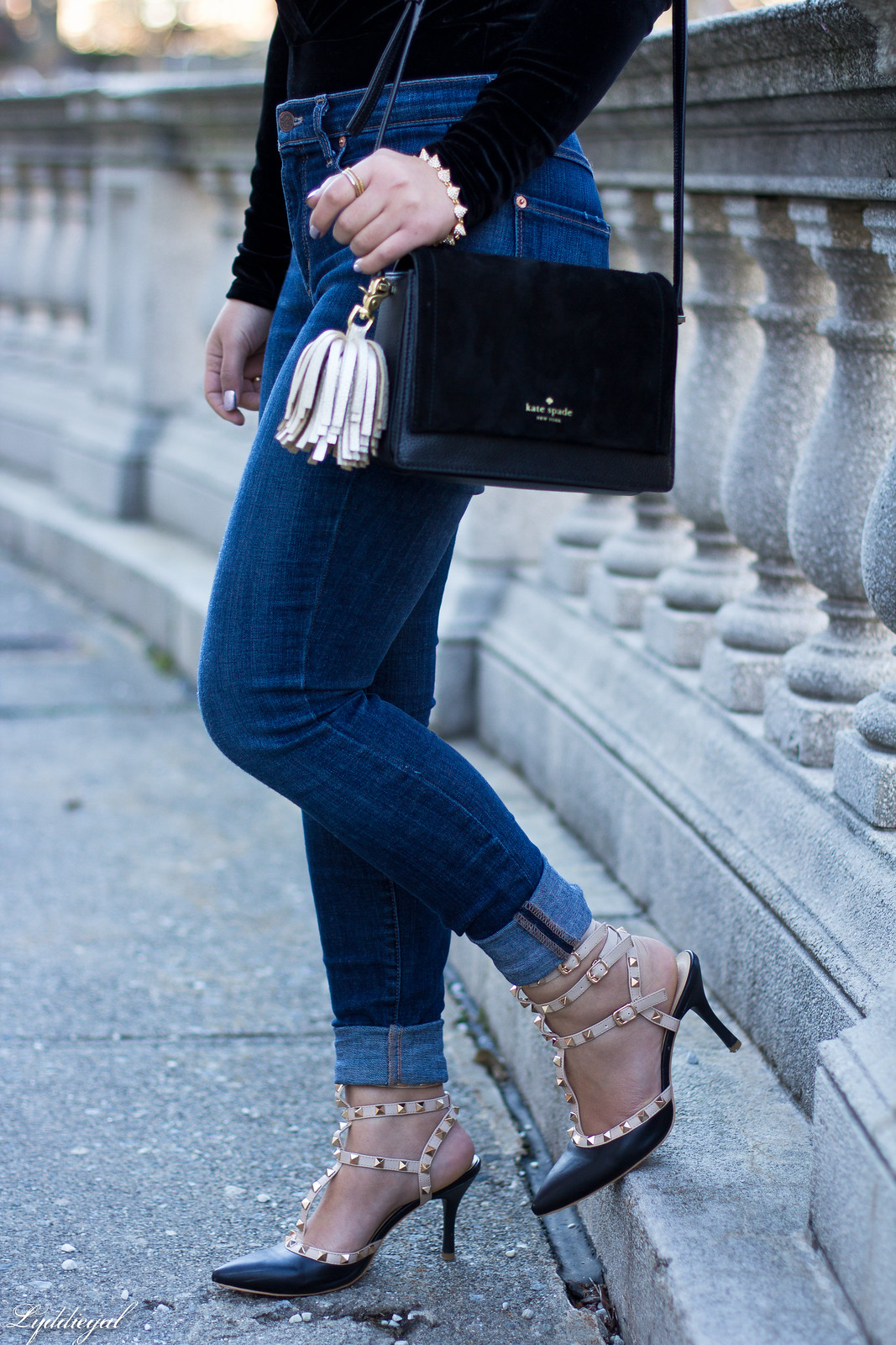 velvet bodysuit, studded pumps, kate spade bag-5.jpg