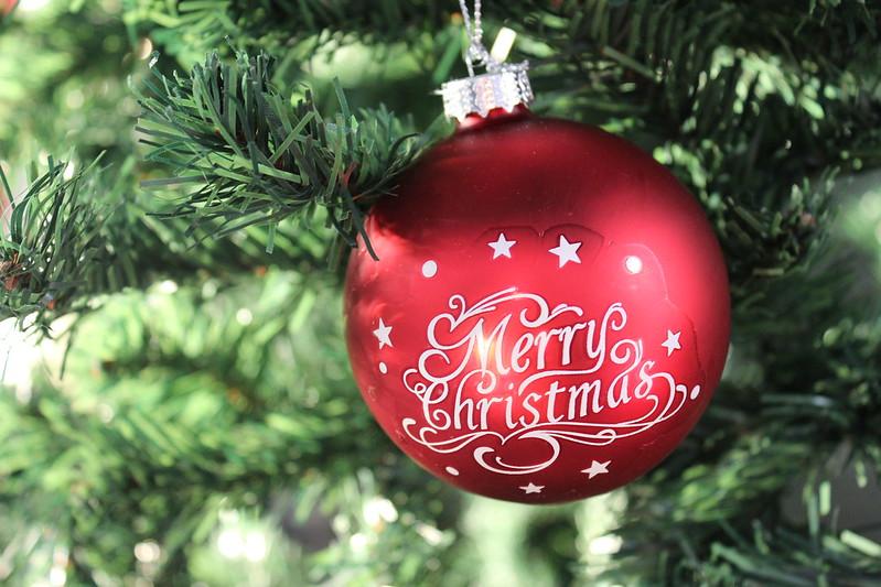 Happy holidays / etdrysskanel.com