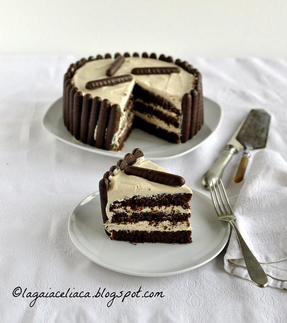 Torta senza glutine al cacao con crema al caramello salato