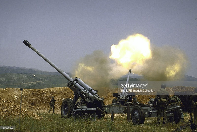 130mm-M-46-SLA-near-Tibnin-19870501