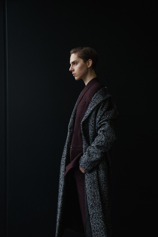 MikkoPuttonen_Darkoh_menswear_Burgundy_suit_RiverIsland_JilSander_fashionblogger-london9_web