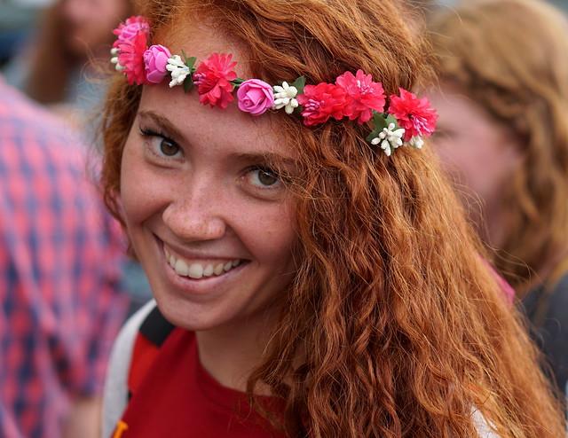 Smokin hot redhead on flickr