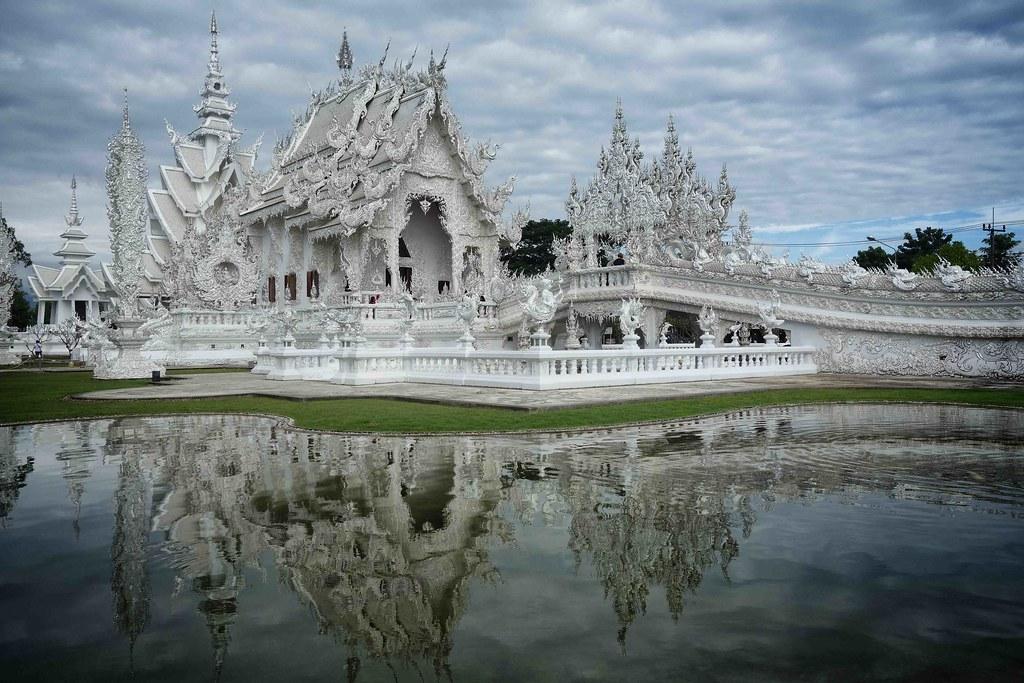 Chiang Rai - White Temple 1