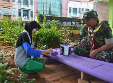 Bakti Revitalisasi taman Baca dilakukan oleh Pramuka Penegak dan Pandega Kota Tangerang Selata