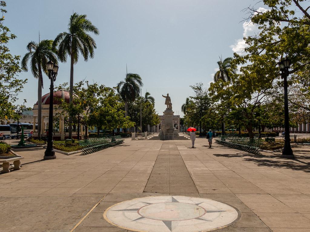 Plaza de Armas - Cienfuegos - [Cuba]