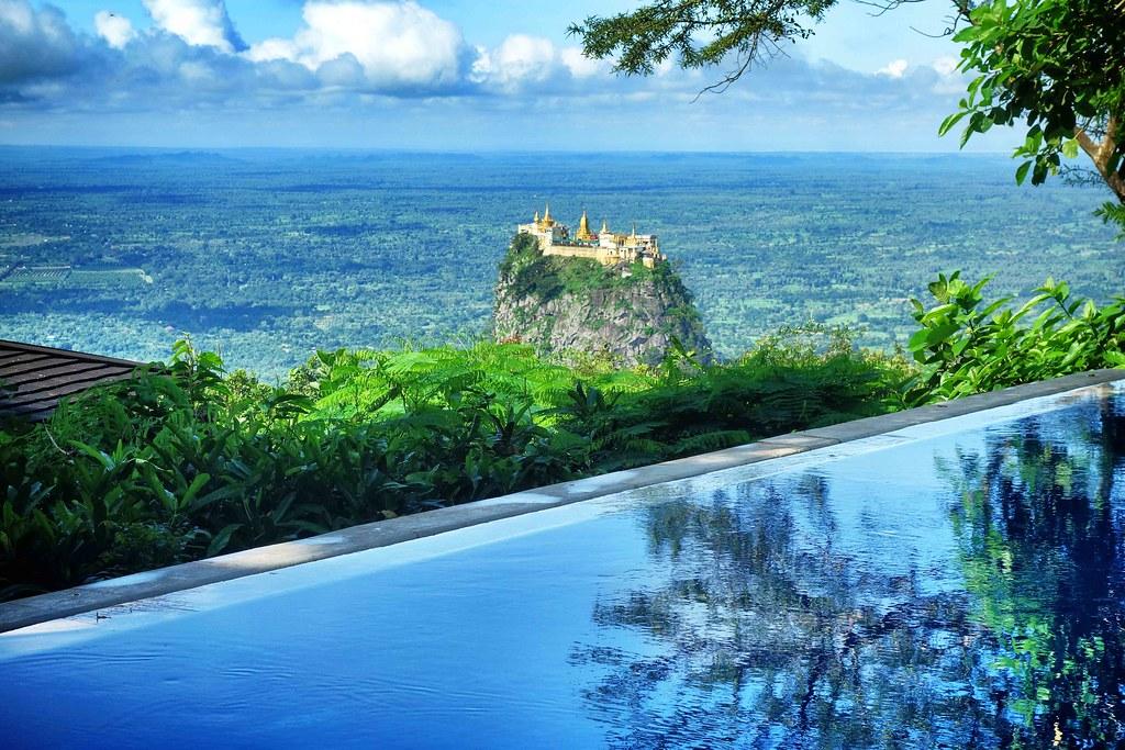 Myanmar - Bagan Mont Popa