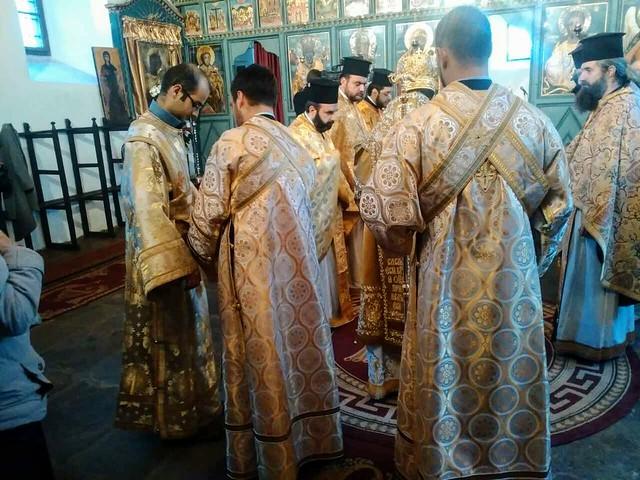12 декември 2016 г. - Храмов празник. Архиерейска света литургия