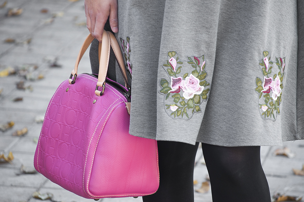 somethingfashion valencia spain fashion blogger, lightinthebox review, christmas dress casual dressy ideas, carolina herrera andy bag pink