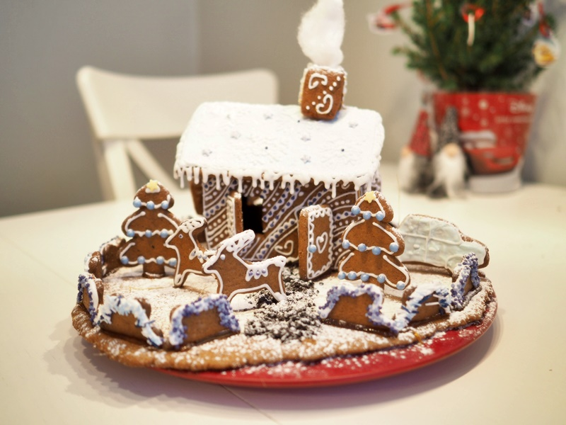 piparkakkutalo gingerbreadhouse
