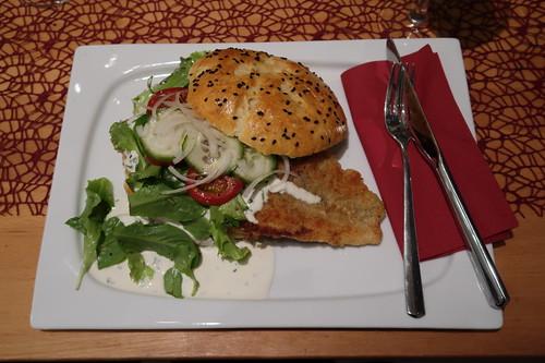 Fischburger (mit Pangasiusfilet und frisch gebackenem Bun)