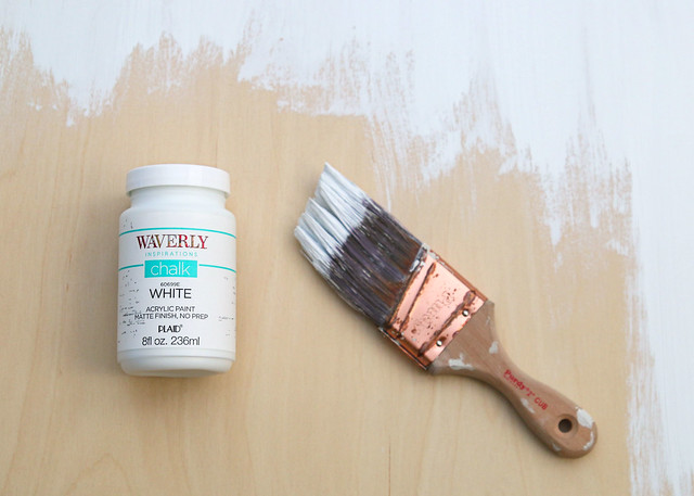 Waverly Chalk White Paint Brush