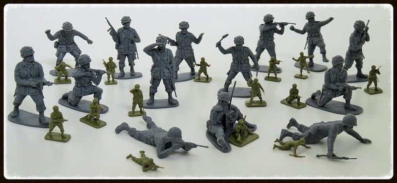 Toy soldiers, cowboys, indians, space men etc 21755534946_d365a54111_c