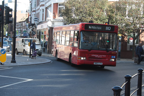 London United DPS686 SN03LFA