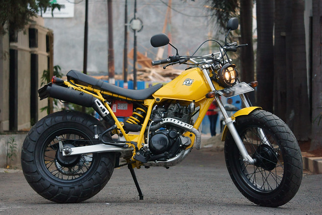 1987 TW200 from Jakarta, Indonesia