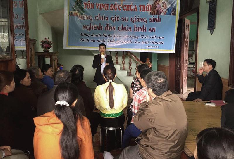 Giang sinh Yen Mong - Hoa Binh 2016 (1)