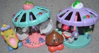 Les petits fake carrousels Merry Go Round 22614812586_aa8fb06317_n