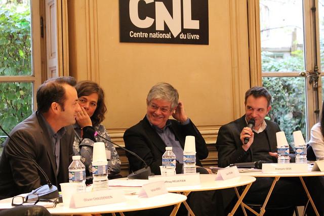 François Pelletier, Laure Pécher, François Gèze et Vincy Thomas (animateur) lors de la table ronde (CNL) : Le modèle économique de l'écrivain