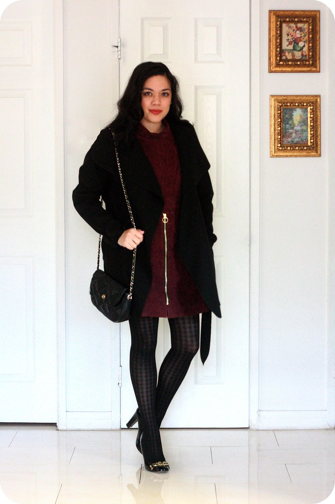 Burgundy Dress Black Shoes Style