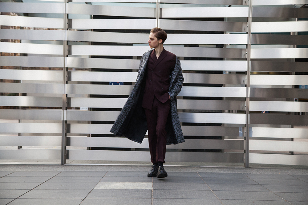 MikkoPuttonen_Darkoh_menswear_Burgundy_suit_RiverIsland_JilSander_fashionblogger-london8_web