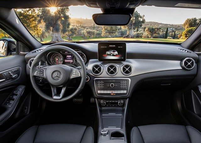 Mercedes-Benz GLA 2018 3