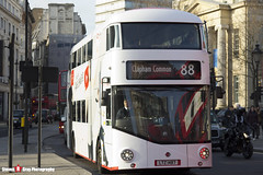 Wrightbus NRM NBFL - LTZ 1487 - LT487 - YouTube CF - Clapton Common 88 - Go Ahead London - London - 161126 - Steven Gray - IMG_4651