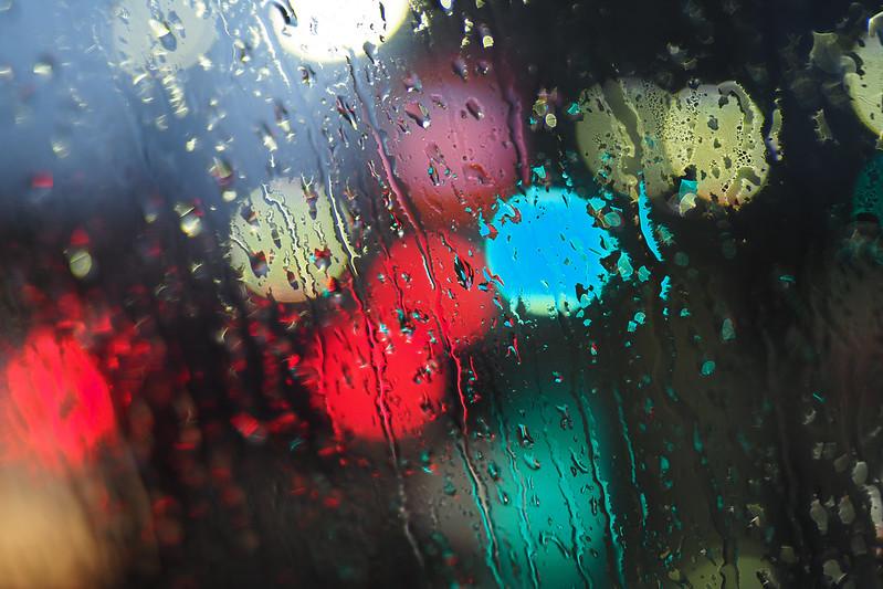 那個雨下不停的日子。|Olympus 25mm f/1.2 PRO
