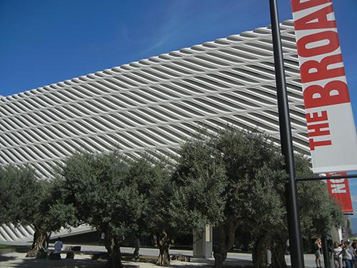 DSCN0315 _ Broad Museum, LA