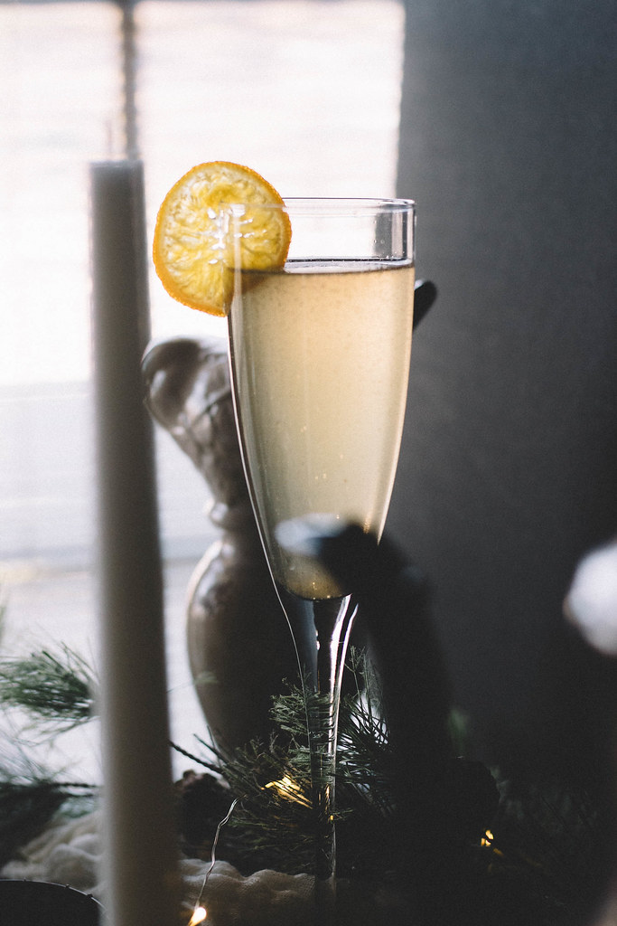Sparkling Roasted Peach Bellini with Candied Clementines | TermiNatetor Kitchen