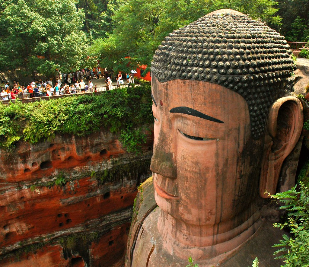 Leshan buddha - Right Side